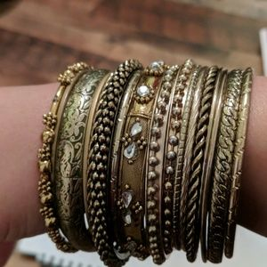 Jewelry - 3/$10 — 17 gold/bronze bangles